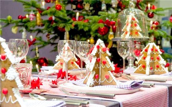 Традиційний червоний колір завжди новорічний. Фото з сайту https://clipartus.ru/