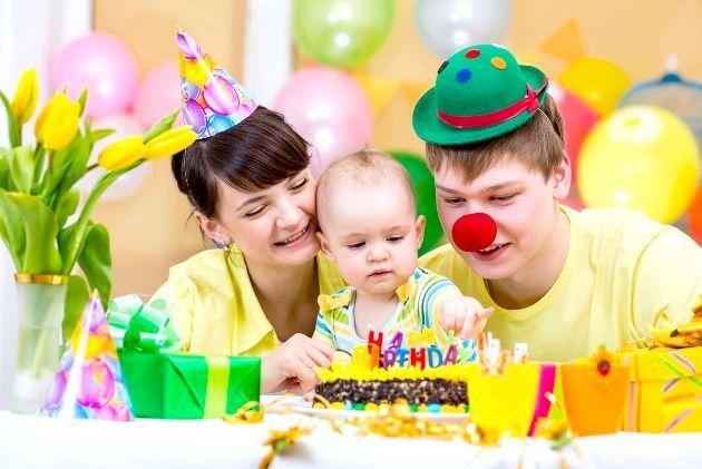 Добрі клоунські наряди завжди радують малюків
