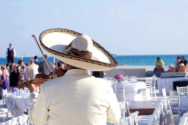 Як провести весілля в Мексиці. Фото: kenzo - Fotolia.com