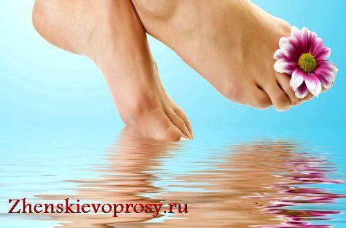 Фото - Як лікувати мозолі на пальцях ніг?
