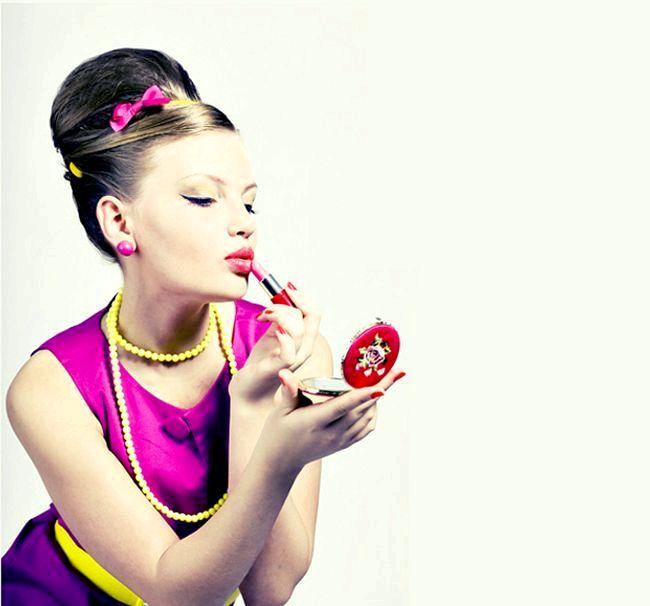 Бабетта - ідеальна зачіска для стиляжному вечірки. Фото з сайту mydrink.com.ua