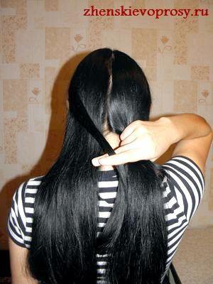 пасмо волосся переноситься зліва направо