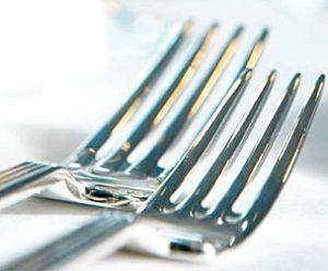 Фото - Як почистити виделки з нержавійки