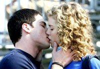 Фото - Як правильно цілуватися з дівчиною?