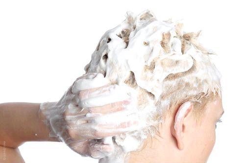 Фото - Як змити фарбу з волосся?
