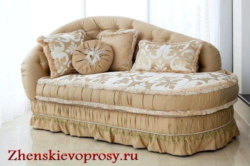 Фото - Як прикрасити інтер'єр диванні подушки?