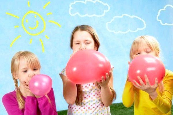 Рухливі ігри на дні народження розвеселять всіх дітей. Фото з сайту happy-giraffe.ru