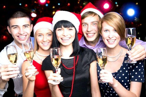 Які конкурси підійдуть для новорічного корпоративу? Фото: chagin - Fotolia.com