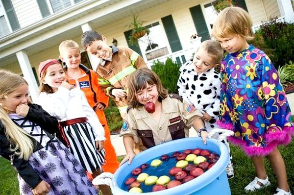 Розважаємо дітей веселими конкурсами. Фото з сайту ehow.com