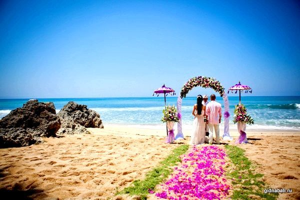 Незабутнє торжество - весілля на Балі самостійно. Фото з сайту gidnabali.ru