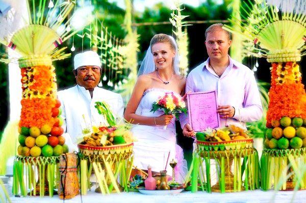 Як відзначити весілля на Балі. Фото з сайту sovmestimi.com