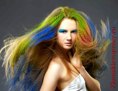 Фото - Крейда для волосся: що це і як ними користуватися?