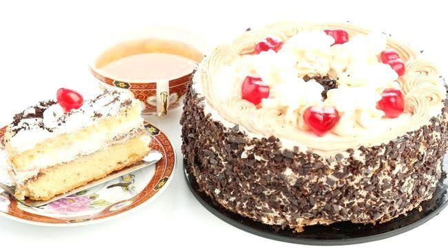 Спечіть торт самі, це обов'язково оцінять навіть маленькі гості