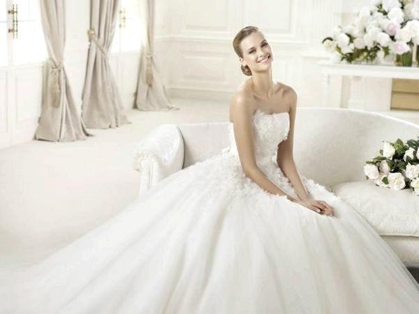 Фото - Пишне весільне плаття, або як стати принцесою?