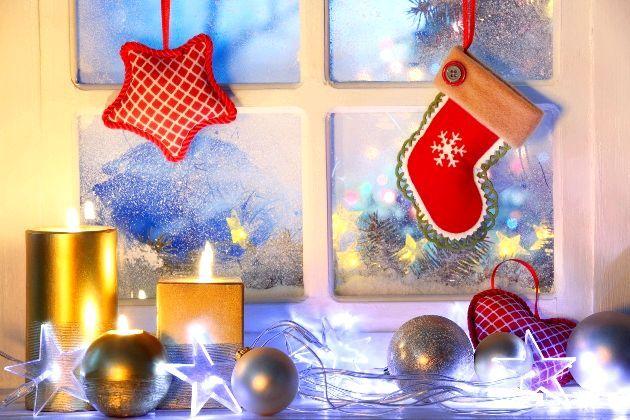 Фото - Казковий настрій зимових свят: нестандартно і креативно прикрашаємо вікна до нового року