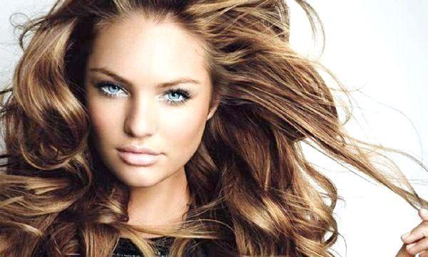 Зачіска на випускний - завивають красиві локони. Фото з сайту journalmod.ru