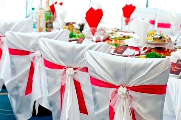 Декоруємо стільці на свій смак. Фото з сайту http://s10.photobucket.com/