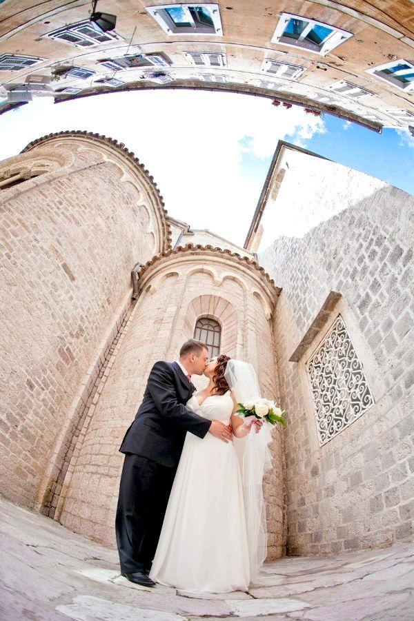 Чудові каплиці Чорногорії приймають молодят. Фото з сайту http://pssp.ru