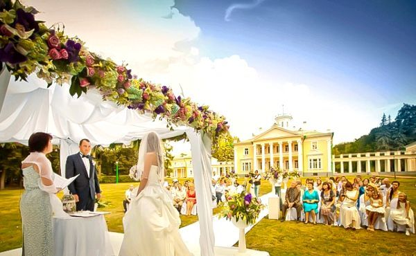 Розкішно і красиво - весілля в садибі. Фото з сайту svadba-ws.ru