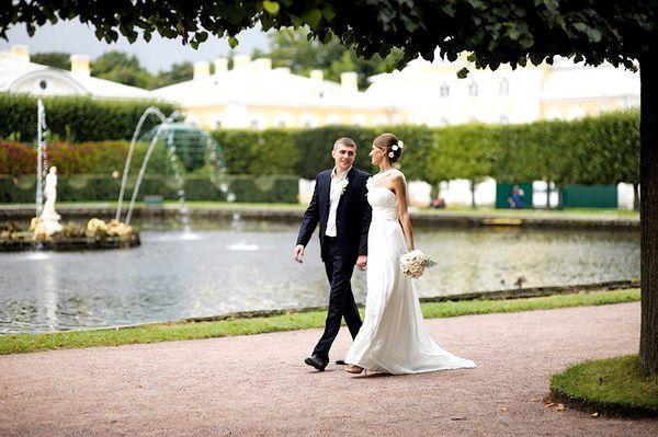Весілля в Петергофі: пишність видів. Фото з сайту poziruy.ru