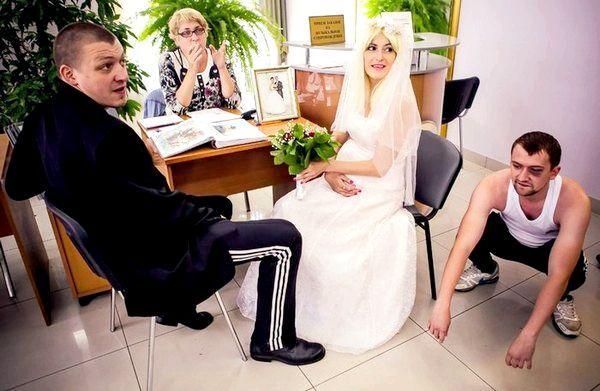 Весілля в стилі лихих 90-х. Фото з сайту stena.ee
