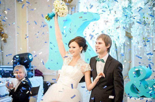 Підбираємо гардероб нареченому і нареченій. Фото з сайту http://lulusvadba.ru/
