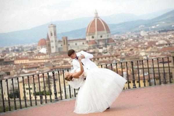 Весілля за кордоном: що потрібно знати молодятам. Фото з сайту exclusiveweddingsinitaly.eu