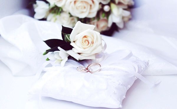 Фото - Весільні аксесуари: подушечки для кілець своїми руками