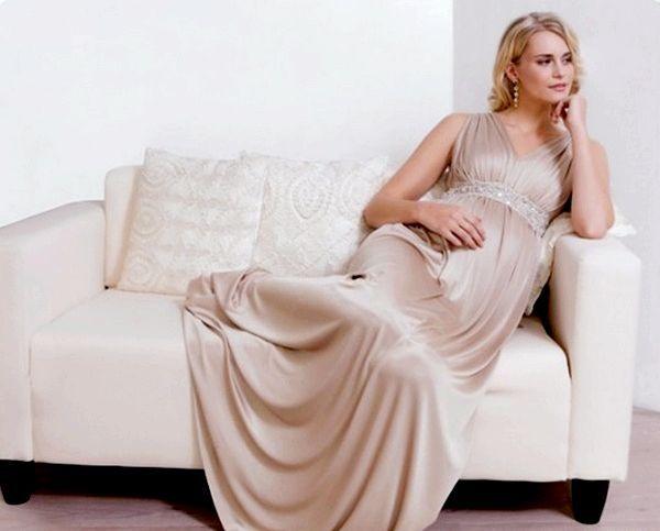 Фото - Вечірня сукня для вагітних, або як правильно підкреслити своє цікаве положення