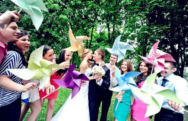 Фото - Веселі вертушки з паперу: свято в кожен дім!