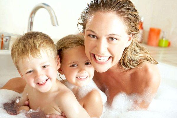 Чудовий подарунок для всієї родини - саморобні бомбочки для ванни